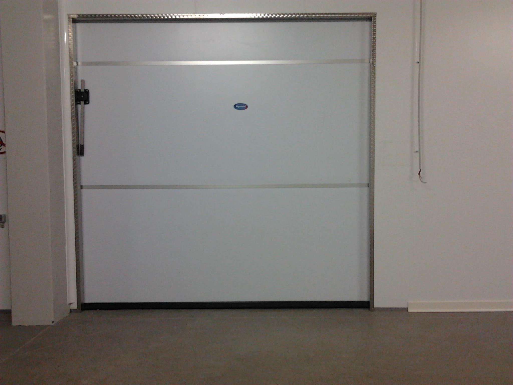 технические двери рутс